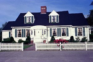 Toll House Inn